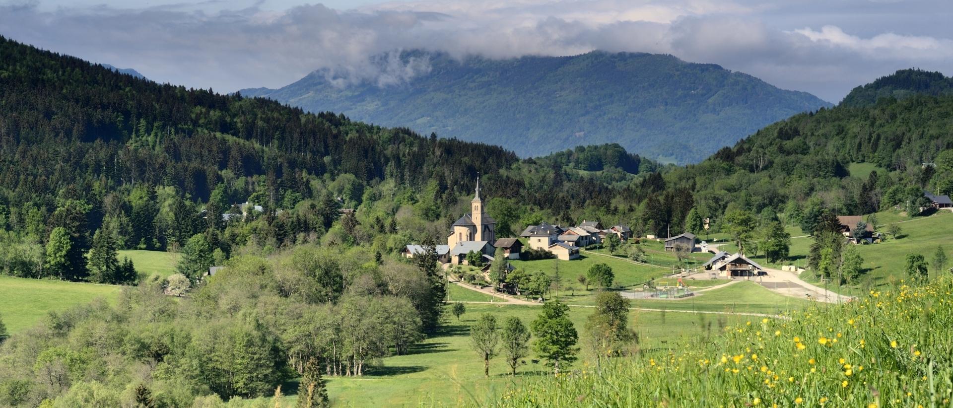 Village du Bourget en Huile